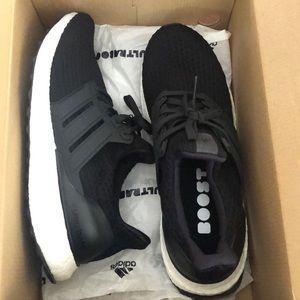 adidas Shoes - Adidas UltraBoost